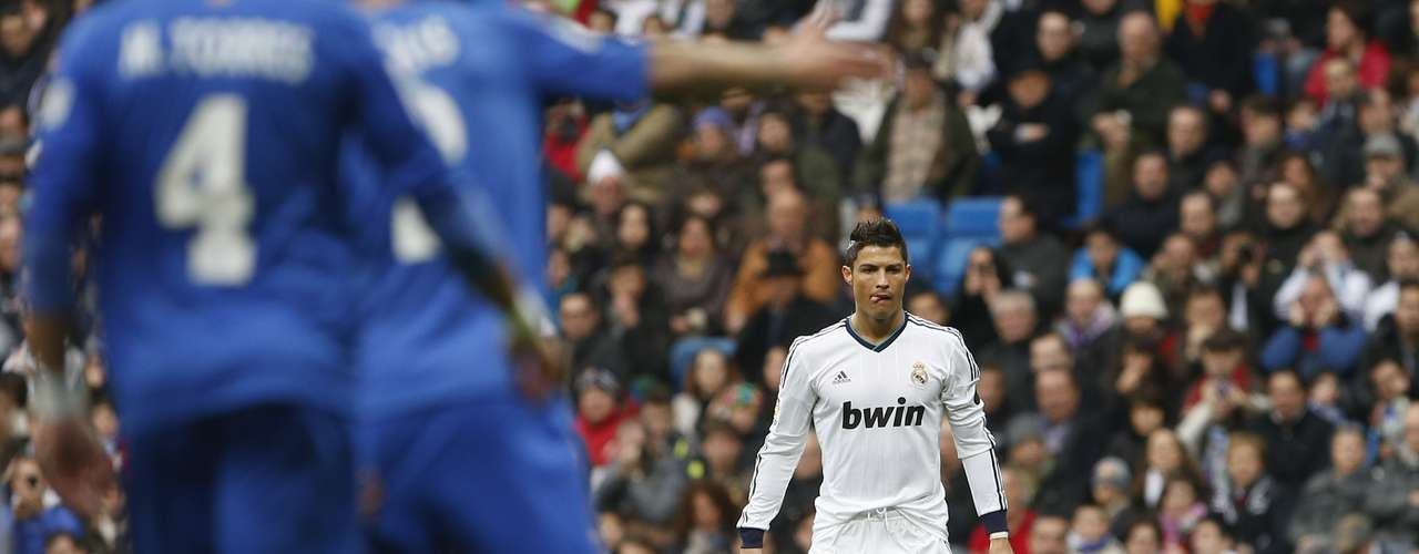 Cristiano Ronaldo prepares to kick the ball