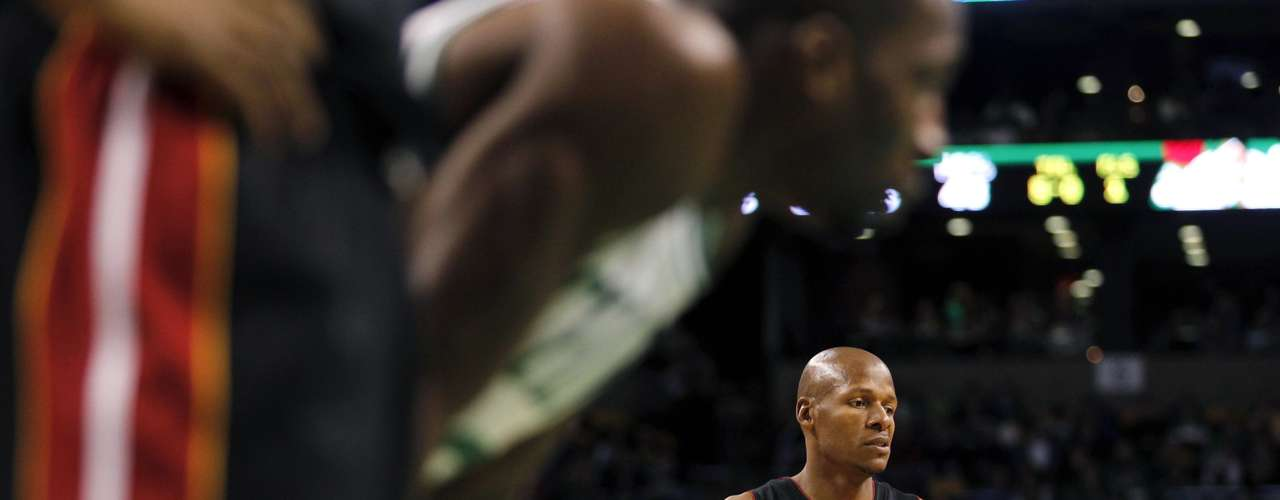 Miami Heat's Ray Allen watches a Heat teammate take a foul shot in the first half of their NBA basketball game against the Boston Celtics at TD Garden in Boston, Massachusetts January 27, 2013.