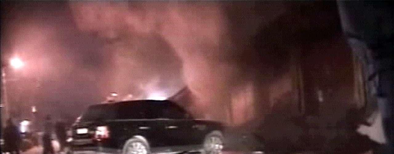 4 de diciembre de 2009 - Mueren 156 personas y 160 heridos, tras incendiarse el céntrico club nocturno \