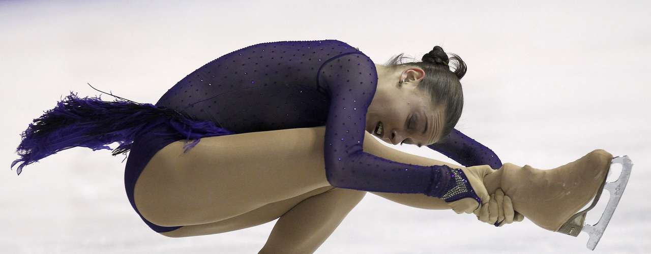 Adelina Sotnikova of Russia performs during the women's free skating program at the European Figure Skating Championships in Zagreb January 26, 2013.      REUTERS/Antonio Bronic (CROATIA  - Tags: SPORT FIGURE SKATING)