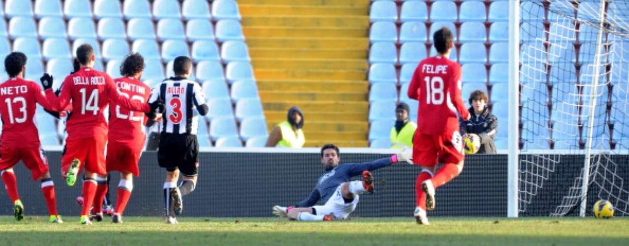 Con gol del colombiano Luis Muriel, Udinese ganó 1-0 en el Friulli al Siena.