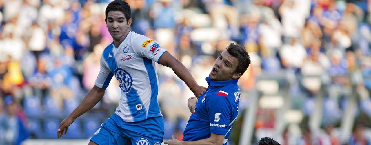Diego de Buen tuvo la oportunidad de marcar el gol de la ventaja de Puebla ante Cruz Azul, pero en plena área de meta tiró raso pero muy cruzado. La historia posterior arrojó una goleada de La Máquina 4-0 sobre La Franja.