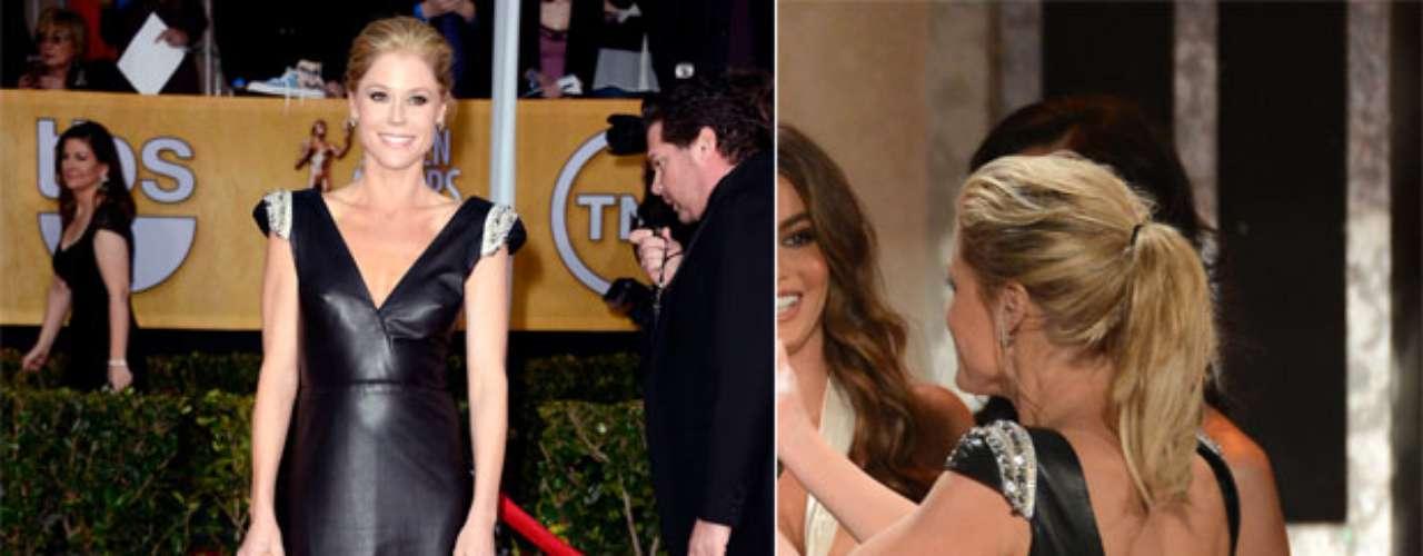 Otra de las sorpresas de la noche fue Julie Bowen quien lució un traje largo en cuero, fuera de lo común en el cual se destacaba un sensual y profundo escote tanto en la parte anterior como posterior del traje.
