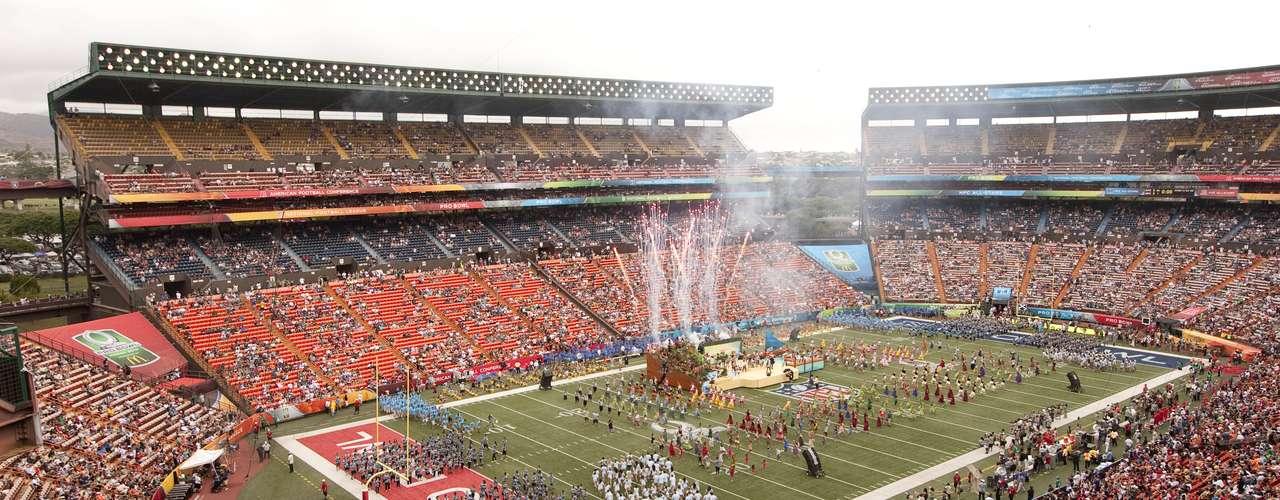 Pero el Pro Bowl no fue sólo acción en el Aloha Stadium, en Honolulu (Hawái), sino que también fue un evento lleno de colorido y alegría.
