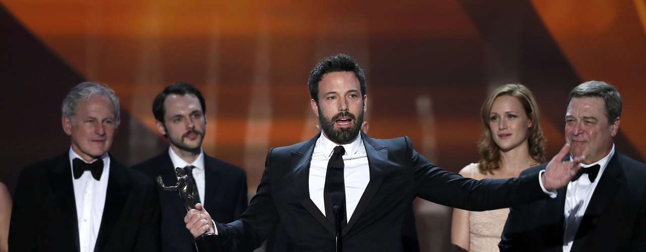 Anne Hathaway's happy she has health insurance, Bryan Cranston loves to be bad, Ben Affleck keeps winning. Check out the best moments from the Screen Actors Guild Awards. Ben Affleck (C) accepts the award for outstanding cast in a motion picture for \