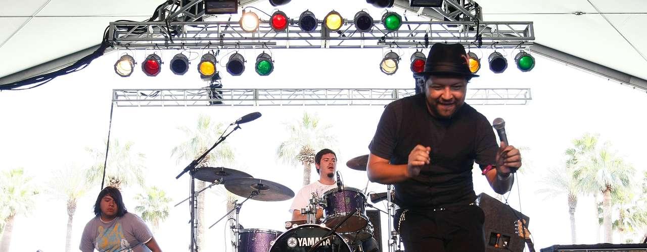 En 2009 el Gran Silencio se sumó al cartel con su 'chuntaro style'. Actualmente no se sabe nada de la banda que ha perdido vigencia en los escenarios.