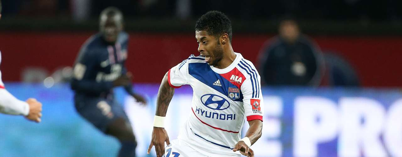 Brazilian Michel Bastos leaves Lyon to go on loan to Germany's Schalke