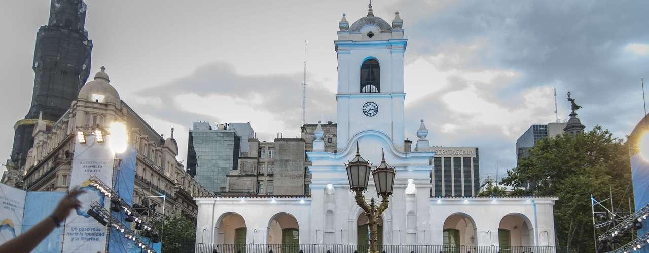 Durante esa asamblea, realizada el 31 de enero de 1813, se dictó la Ley de Libertad de Vientres, mediante la cual se declararon libres los hijos de los esclavos nacidos en territorio de las Provincias Unidas desde esa fecha. La esclavitud se abolió definitivamente con la Constitución de 1853 en casi todas las provincias, y en 1861 en la provincia de Buenos Aires.