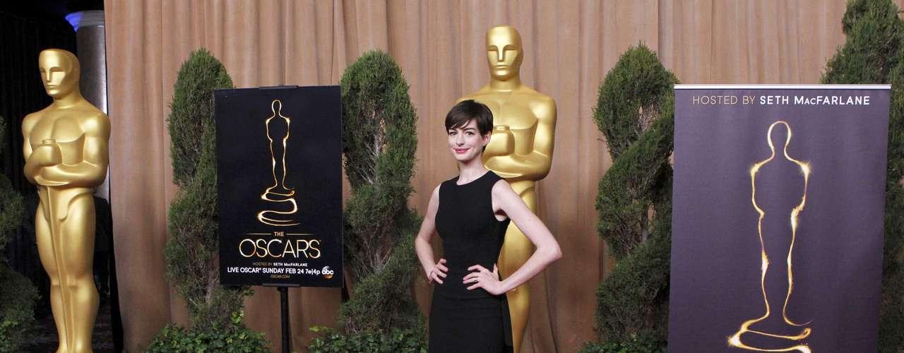 Anne Hathaway fue una de las actrices que convivió más con la prensa. Como siempre, bella y sencilla.