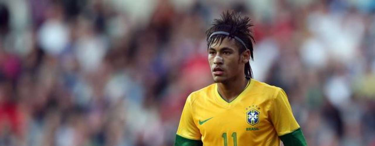 Neymar already delighted English fans over the summer as he played with the Brazilian Olympic team at London 2012. Although he had some outstanding performances, Neymar and Brazil came up short of winning gold, falling to Mexico in the final.
