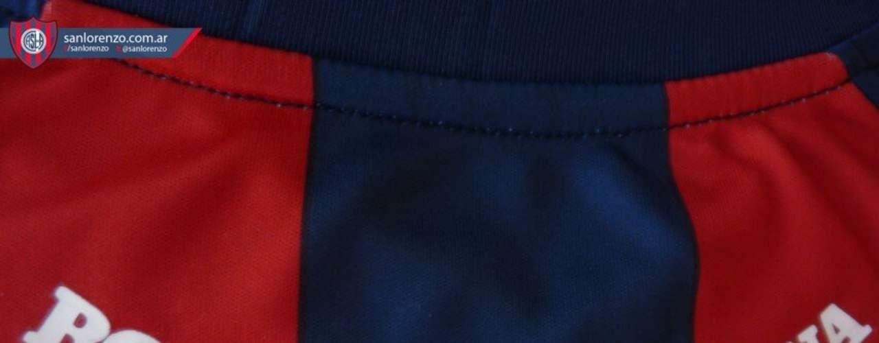 Con la presencia de varios ídolos actuales (Buffarini, Migliore y Romagnoli), más el manager, Bernardo Romero, y el Presidente, Matías Lammens, San Lorenzo presentó su nueva camiseta para esta temporada 2013. La nueva pilcha tuvo buena acogida en los hinchas, que a través de las redes sociales destacaron que se respeten los colores tradicionales, y que en la espalda este la inscripción Boedo-Argentina, por el viejo anhelo que cada vez está más cerca, volver a tener la cancha en dicha localidad porteña.