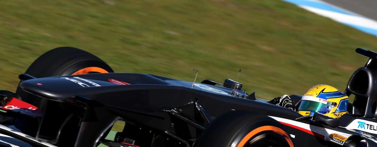 El piloto mexicano, Esteban Gutiérrez,  probó el Sauber C32 en los ensayos de F1 en Jerez, donde se ubicó en octavo lugar.