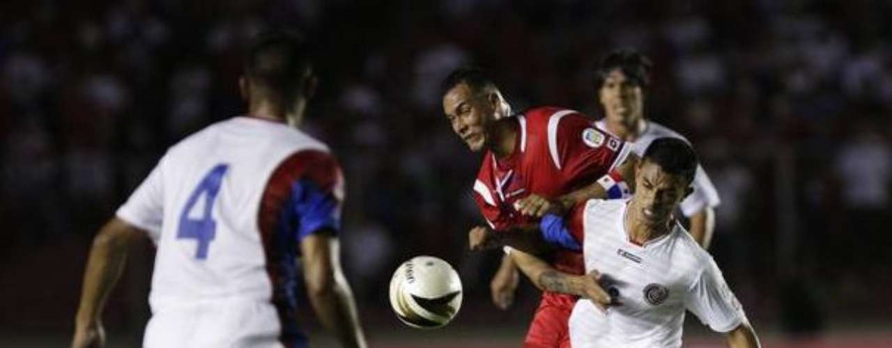 Tico Taka: Costa Rica tying Panama is not ordinarily surprising, as the Ticos are clearly the traditional power of the two. But coming back from a couple of goals down in Panama to earn a valuable point is a surprise.
