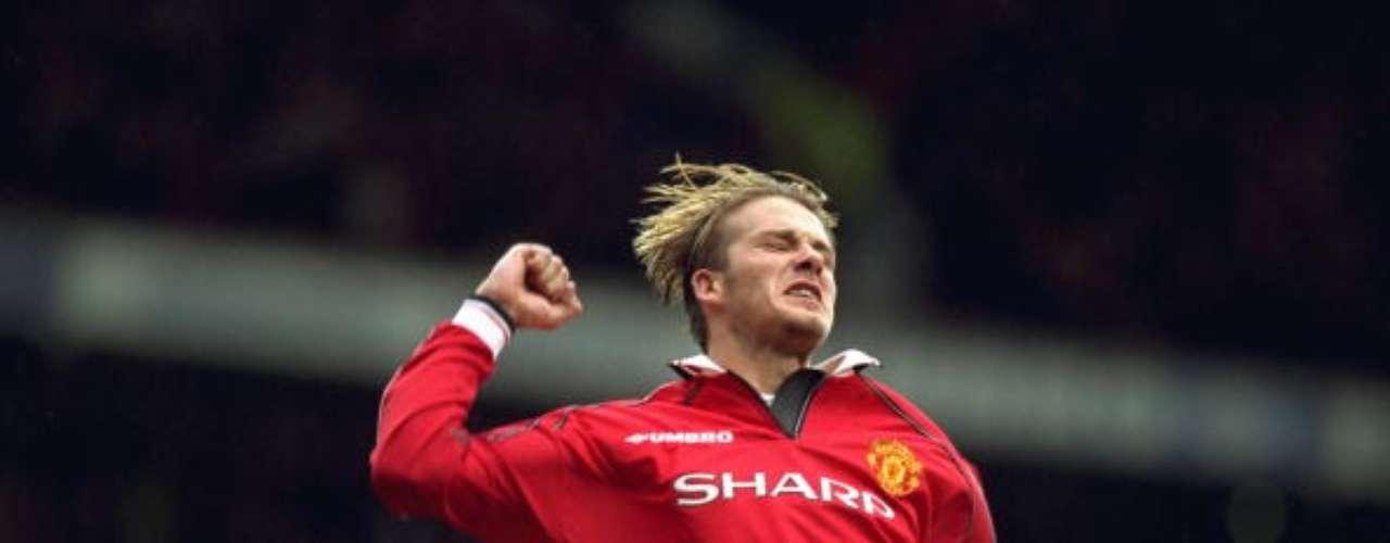 David Beckham fue otro gran heredero del 7. Proveniente de una las generaciones más gloriosas del club, el mediocampista se encargó de enamorar a la afición con su talento y su gran carisma.