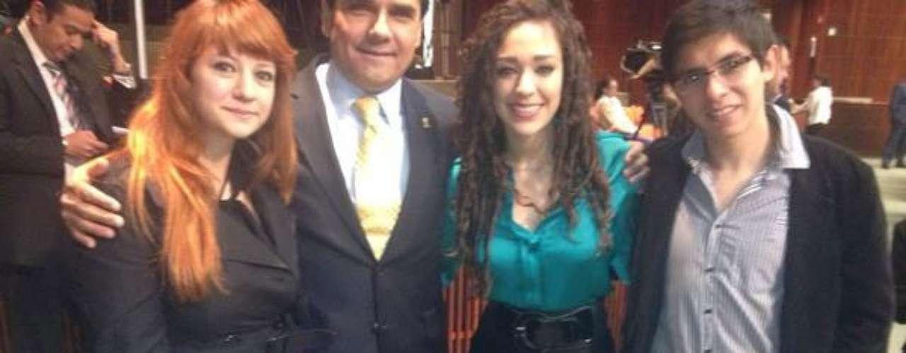 Originaria de Chihuahua es integrante de las comisiones de Juventud, Ciencia y Tecnología y Relaciones Exteriores.
