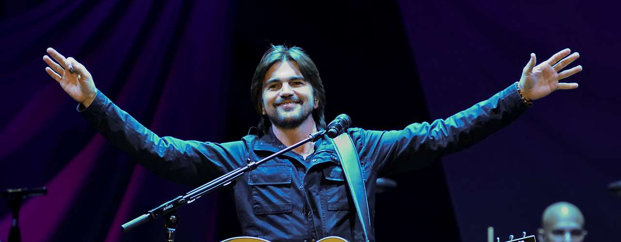 Best Latin Pop Album - 'MTV Unplugged Deluxe Edition' by Juanes
