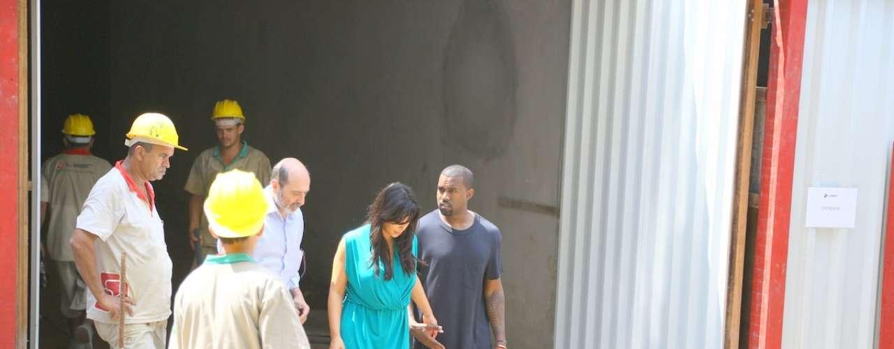 Kim Kardashian y Kanye West enamorados en Brasil