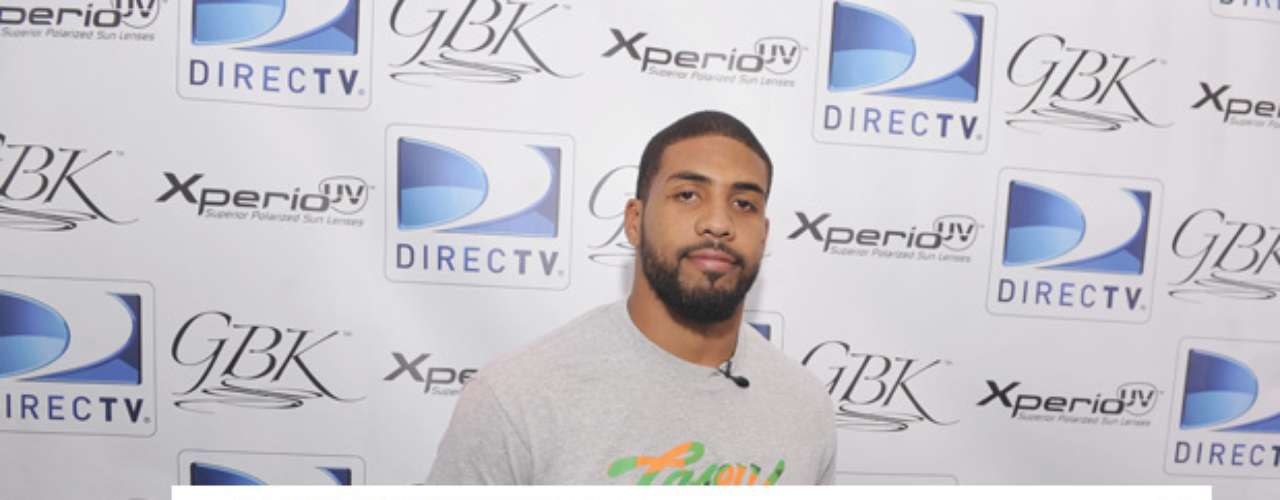 Arian Foster angered the Twitter world by taking on one of its most popular accounts, the Iron Shiek.