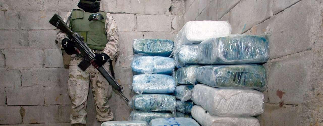 Esta operación del narcotráfico ha causado tanta preocupación en la política de Estados Unidos, que a finales de 2011 un grupo de senadores presentaron una propuesta de ley para combatir la actividad de los túneles.