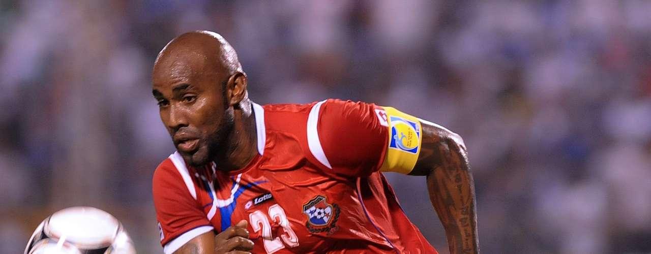 Felipe Baloy estuvo involucrado en el gol del empate de Costa Rica ante Panamá, al ceder el balón en un despeje, situación que aprovecharon los ticos y Bryan Ruiz remató de media chilena para el 2-2 definitivo.