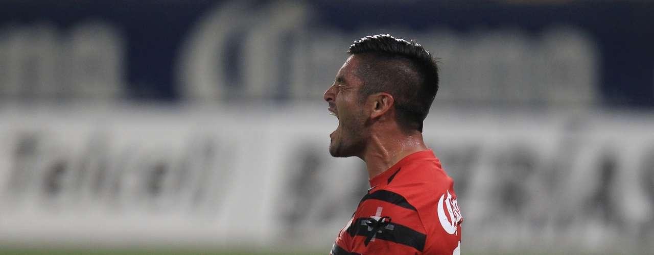 Tras el empate, la desesperación comenzaba a apoderarse de Rodrigo Millar y los Zorros.