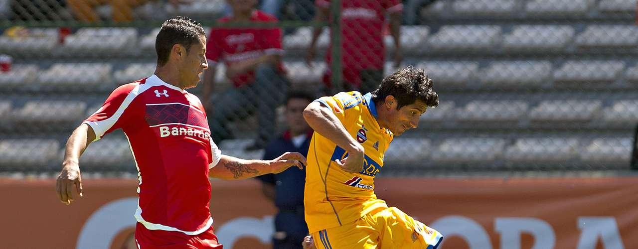 Damián Álvarez tuvo varias oportunidades para ampliar el marcador, pero le falló el último toque.