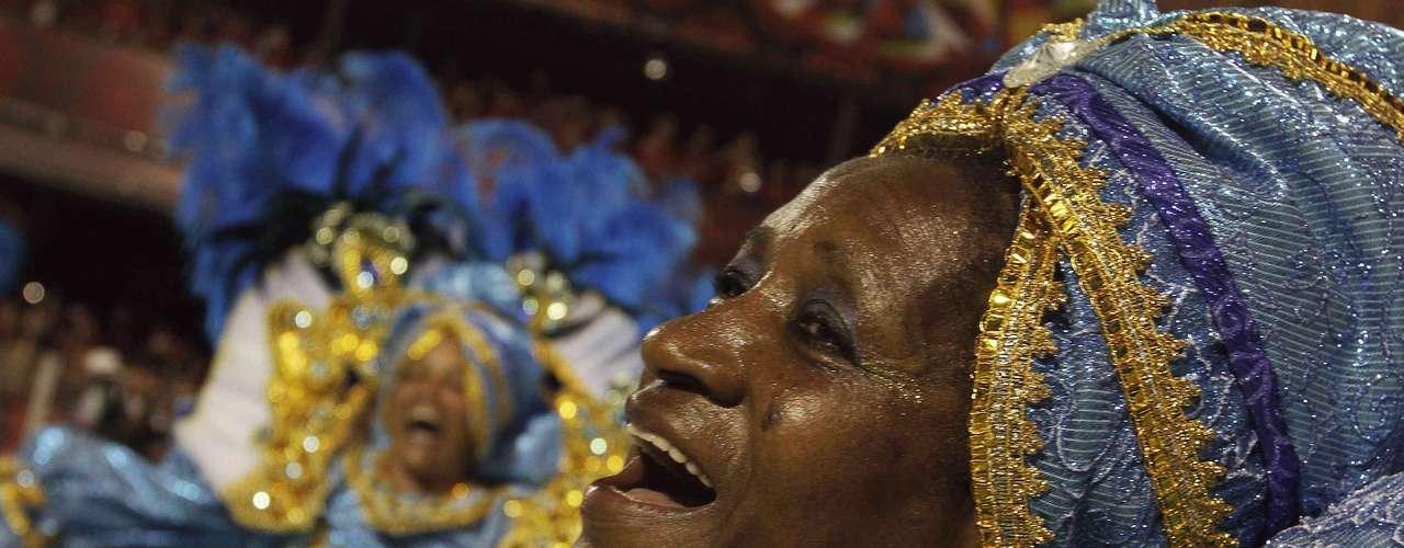 La expectativa era convocar 2,4 millones para romper el récord Guinness de mayor fiesta callejera del planeta.
