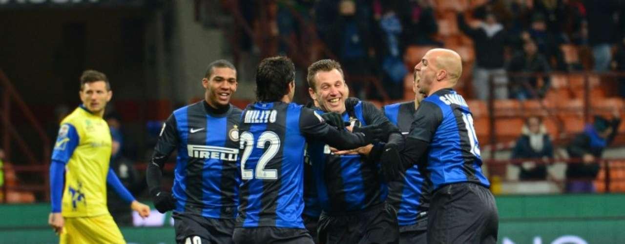 Antonio Cassano abrió el marcador al minuto 2.