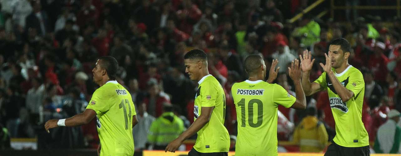 Atlético Nacional celebró como un verdadero triunfo el empate que logró en el minuto 91 con Independiente Santa Fe.