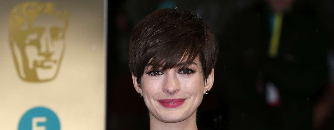 Anne Hathaway se alzó con el premio BAFTA (British Academy of Film and Arts) en la categoría de Mejor Actriz de reparto por su actuación en 'Les Misérables'. ¿Será que es un buen augurio y ganará el Oscar?