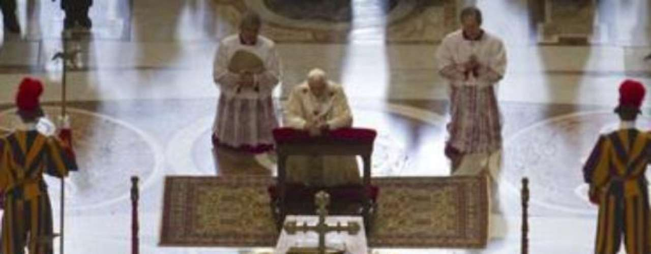 On May 1st, 2011, in front of 1.5 milllion people at St. Peter's Square, pope Benedict XVI beatifies pope John Paul II, opening a possible canonization in the future. Prime ministers, and members of royalty attended the event.