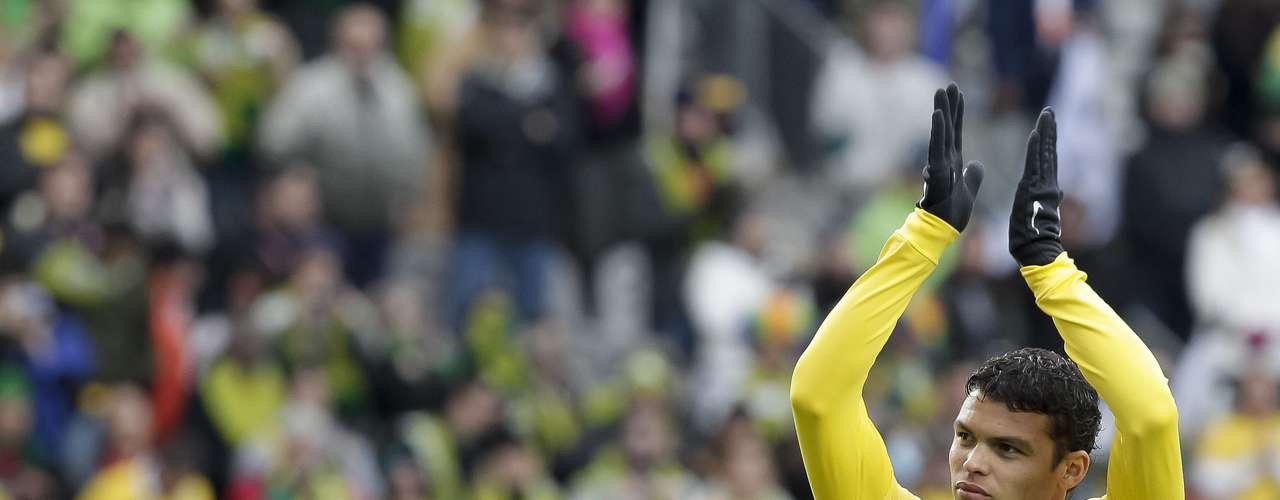 Thiago Silva: es uno de los mariscales de la defensa de Brasil. Pieza importante en Brasil y su presencia es seguro pese a sus problemas físicos a lo largo de la temporada.