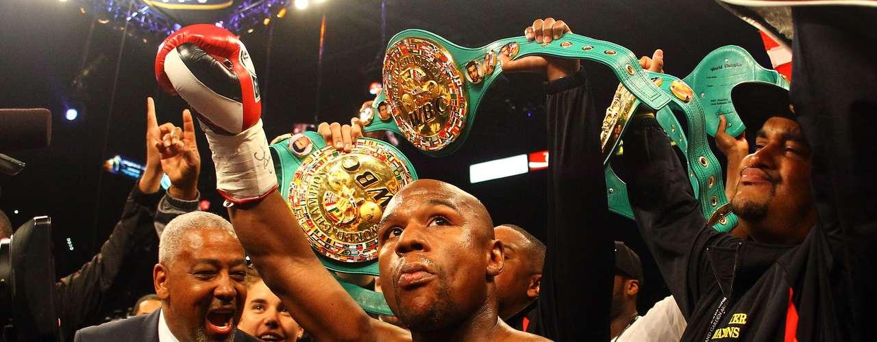 Destacan la reducción de 15 a 12 asaltos en peleas de título mundial.