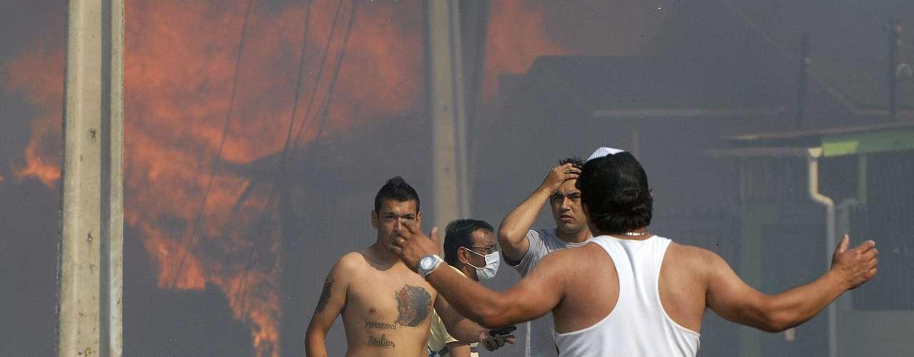 La dramática situación que viven los vecinos del sector de Rodelillo por incendio.
