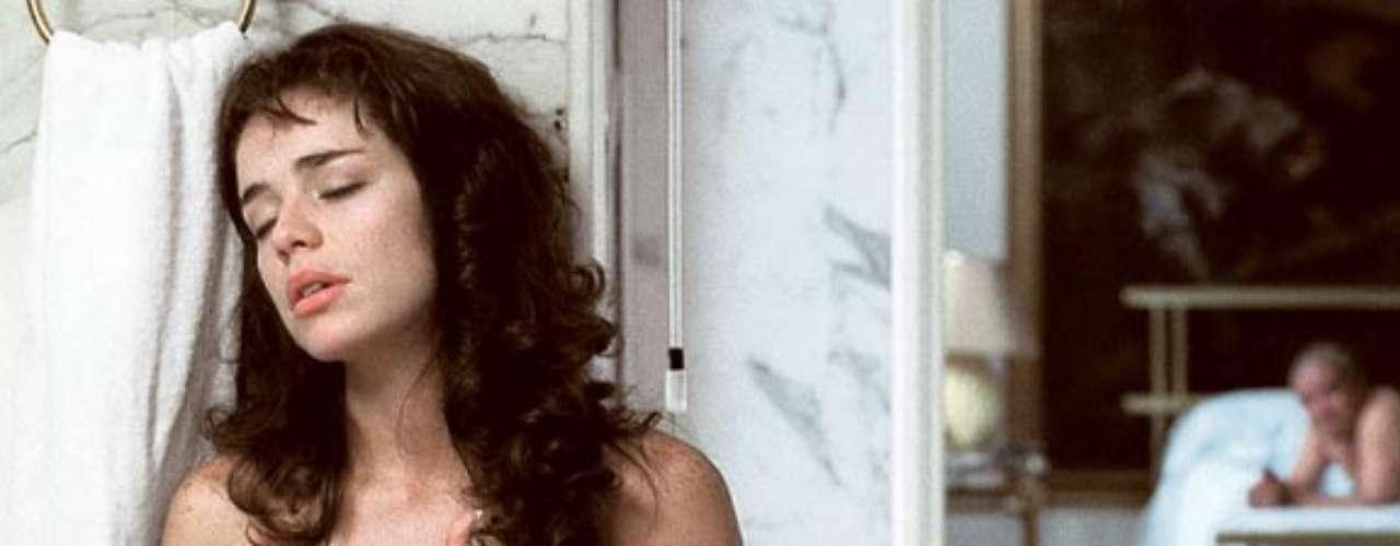 Flora Martínez apareció desnuda en la Rosario Tijeras, película colombiana basada en el libro del mismo nombre escrito por Jorge Franco.