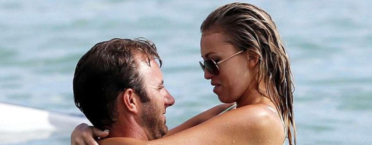 Una pareja de reciente formación es elgolfista estadounidense Dustin Johnson y la modelo ycantante Paulina Gretzky, quieneshan estado saliendo desde enero.