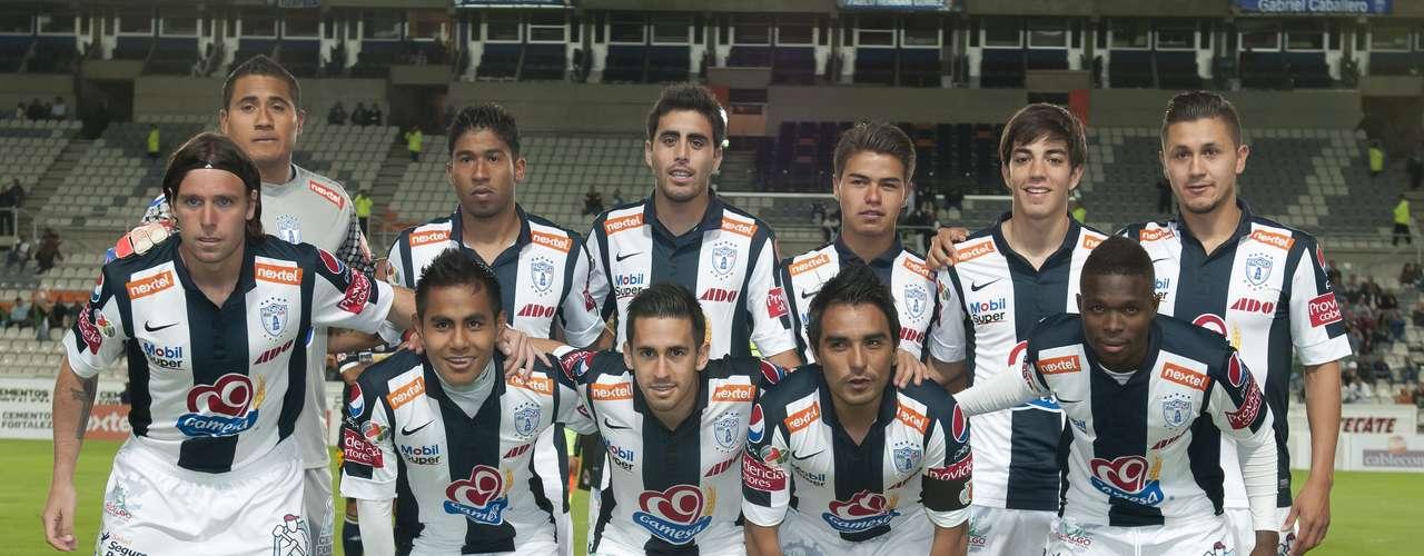 Con gran actuación del debutante Fernando Cavenaghi, el cuadro de Pachuca humilló a Dorados de Sinaloa 4-0 en la Copa MX.