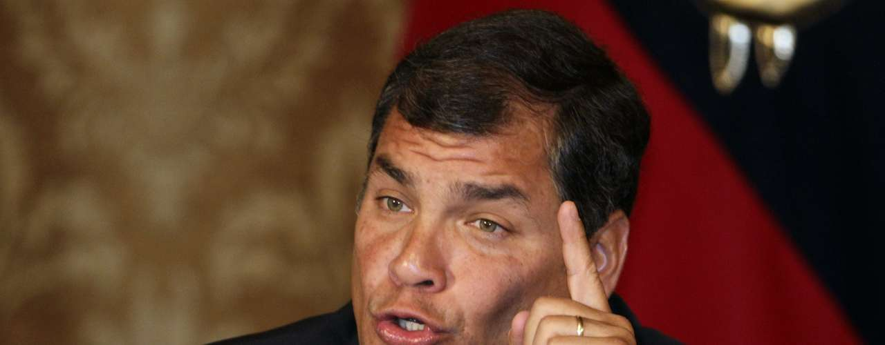 Empresas Petroleras y mineras - Las empresas petroleras y mineras extranjeras que han negociado con el gobierno de Rafael Correa en los últimos seis años seguirán de cerca los resultados de los comicios del próximo 17 de febrero, anticipan los analistas locales, debido a las duras condiciones de negociación que les ha impuesto el presidente ecuatoriano en estos años.