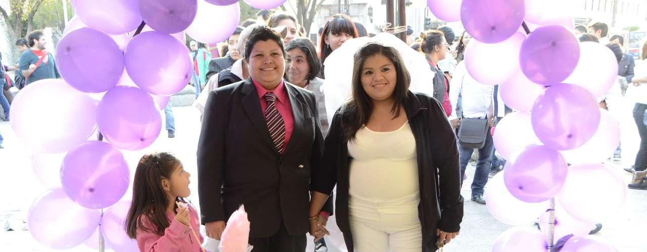 Los activistas gays desean que la legislación de Nuevo León opere de forma similar a la del Distrito federal, donde es válido el matrimonio civil entre personas del mismo sexo.