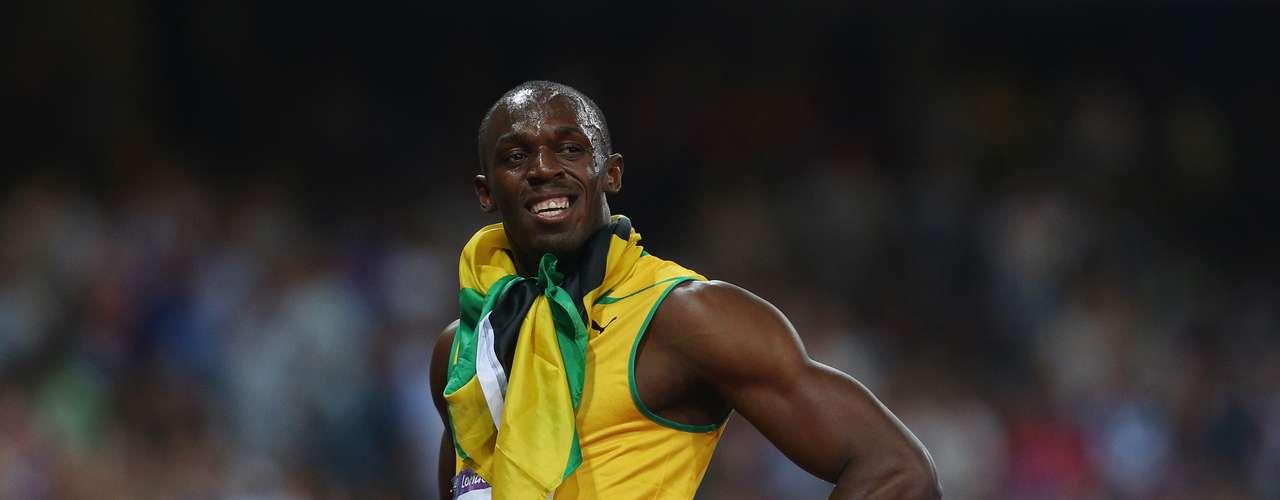 El guapo y talentoso velocista jamaicano Usain Bolt, además de ser el hombre más veloz de la actualidad, como lo demuestran sus medallas de oro en los 100 y 200m en Londres 2012, sino que hace suspirar a más de una con su físico y su sonrisa.