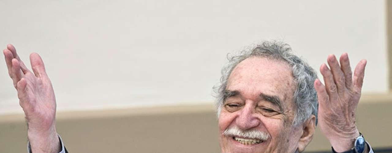 Gabriel García Márquez es uno de los autores favoritos de Rafael Correa. El ensayista ecuatoriano Alfonso Rumazo González también es muy del agrado del presidente sudamericano.