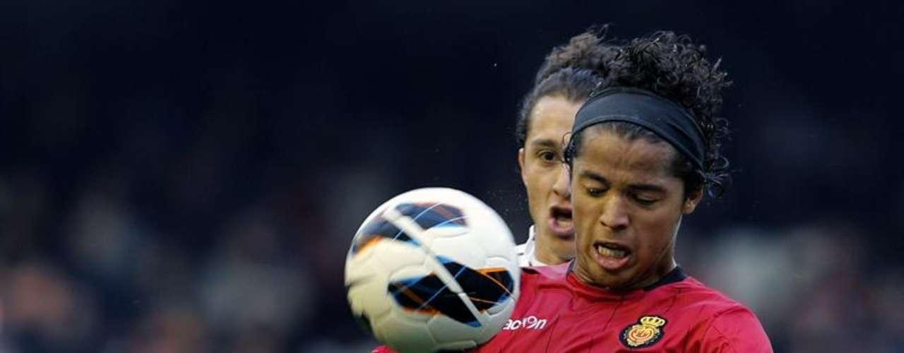 Giovani dos Santosfue titular en la derrotadel Mallorca en Mestalla, pero no pudo marcar la diferencia para su equipo.