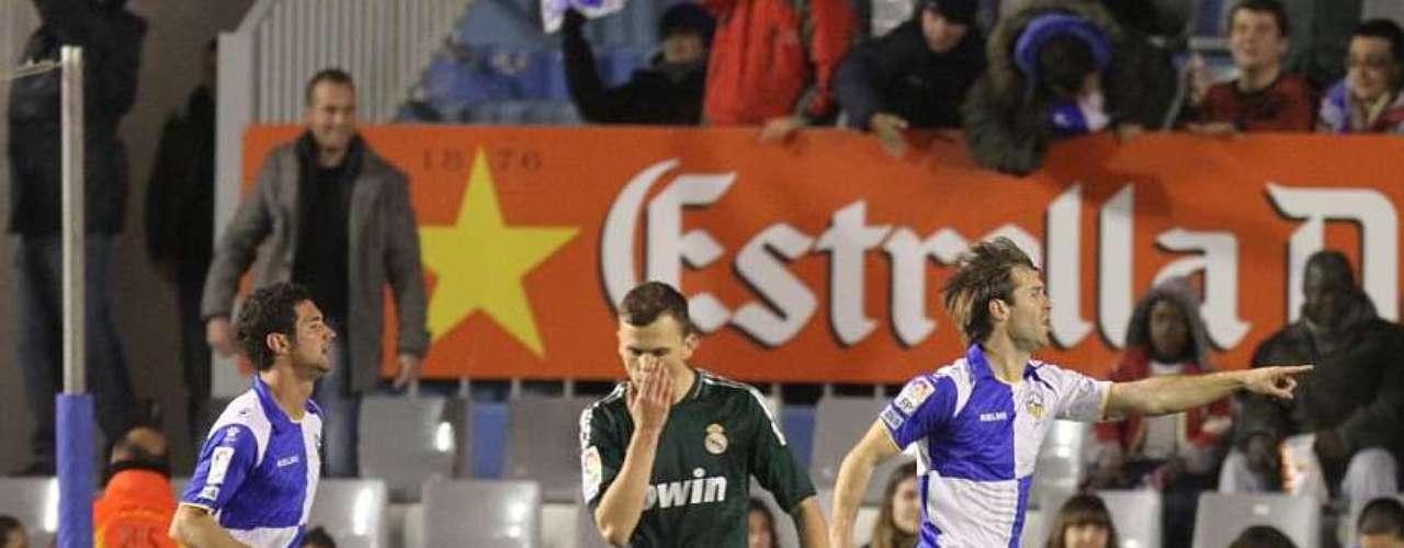 Aníbal Zurdo marcó doblete en la victoria del Sabadell (3-1) ante el Real Madrid B.