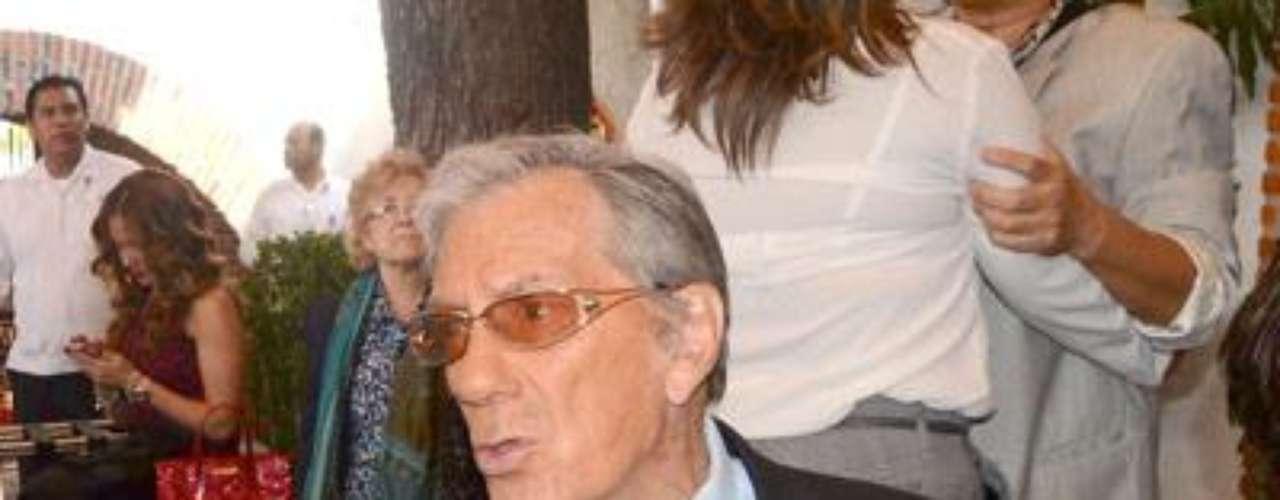 Entonces actuó al lado de figuras como Mario Moreno \