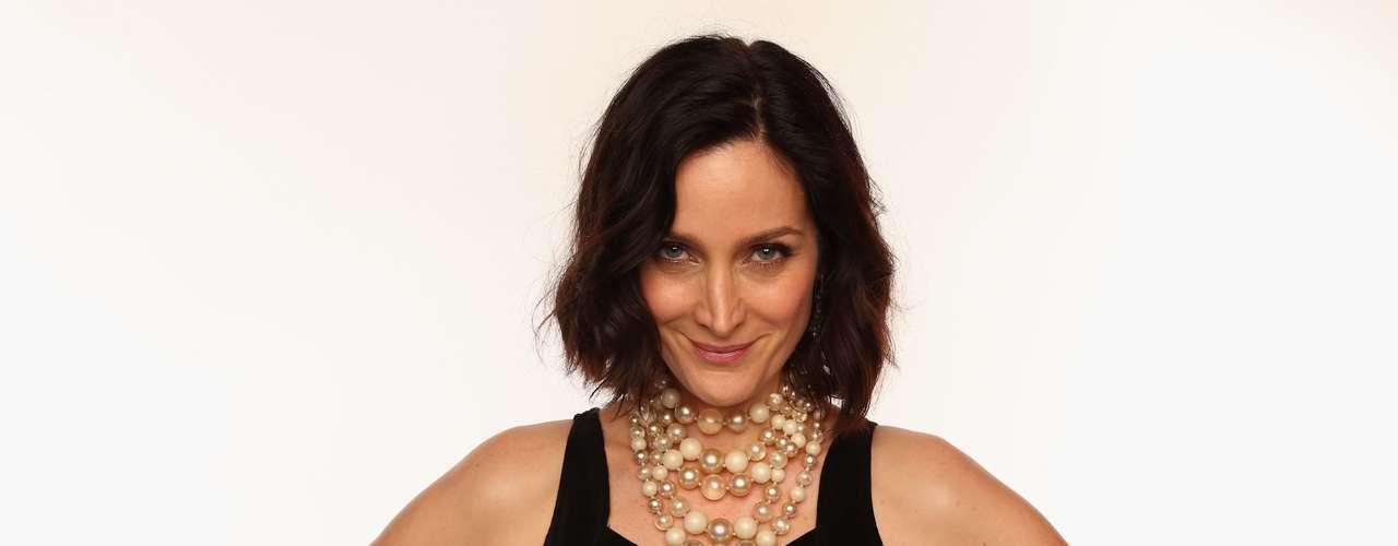 Carrie-Anne Moss mejor conocida como 'Trinity' tiene 44 años. ¿Será que tiene una especie de 'pacto' con la Matrix?