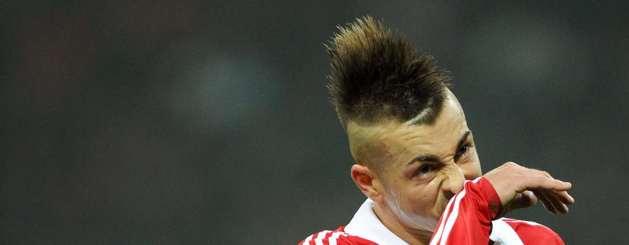 El Shaarawy looks to have had a bit of an itch on his nose. Scratch it Stephen, scratch it good!