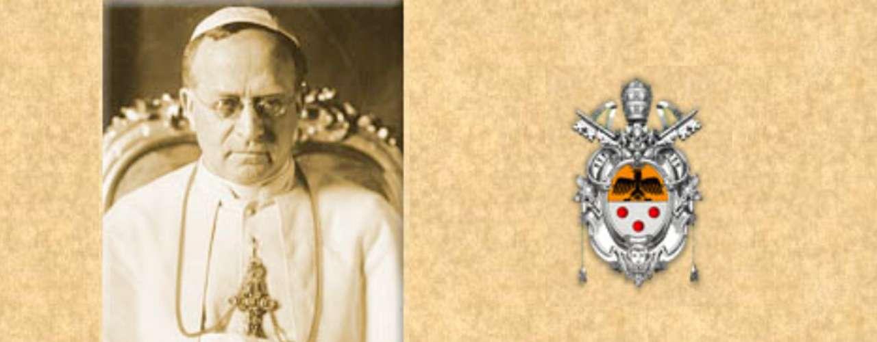 PIO XI (1922-1939). Achille Ambrogio Damiano Ratti. Se lo recuerda por firmar los Pactos de Letrán con Italia, que convirtieron la Ciudad del Vaticano en un estado soberano. En 1933, poco después de la llegada de los nazis al poder, firmó el Concordato con Alemania. En 1937 expresó en la encíclica \