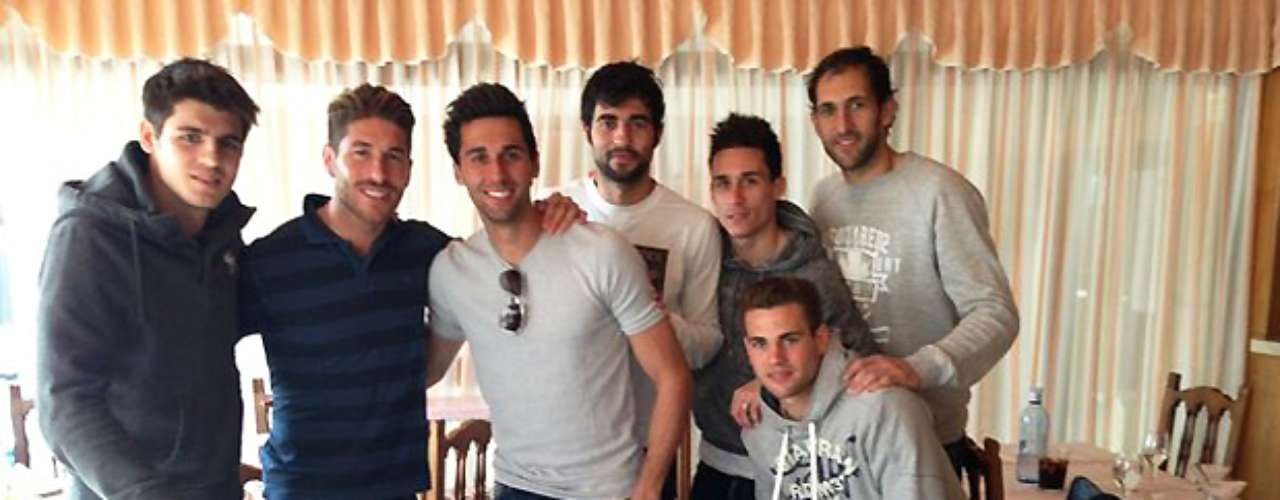 Sergio Ramos tweeted this photo of himself and some good friends.