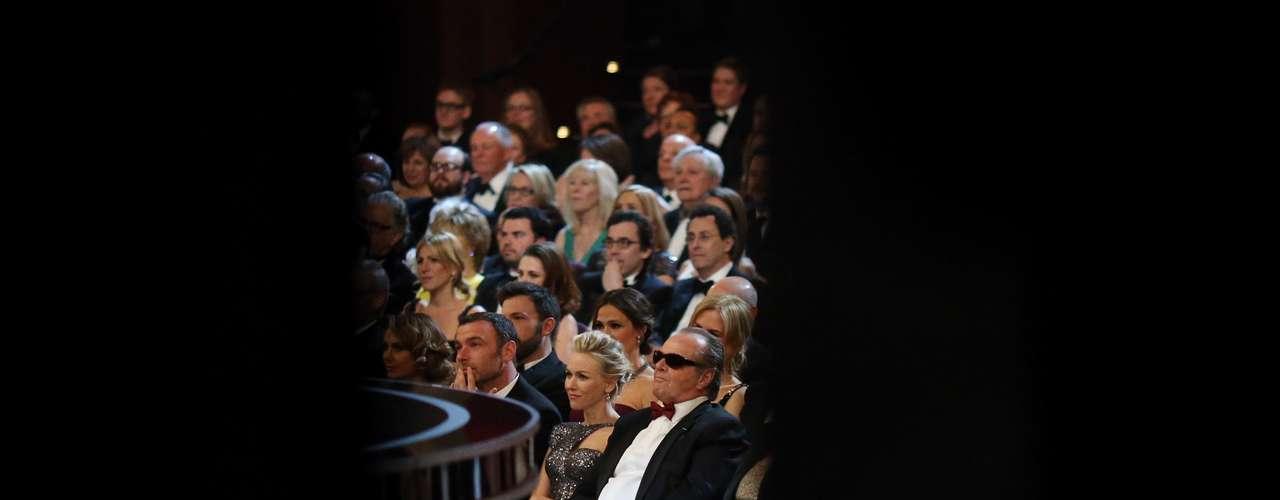 Un lleno total de solo estrellas, así se vivió este memorable momento de los Oscar backstage.