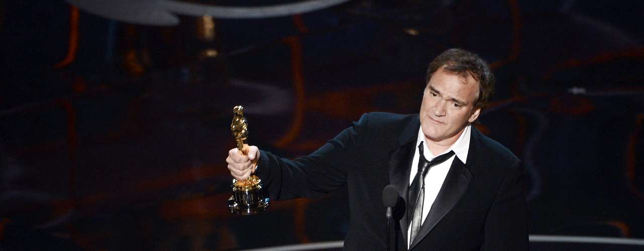 El escritor y director Quentin Tarantino salió victotioso en el renglón Mejor Guión Original por 'Django Unchained'. La estrella dijo en la sala de prensaque hace películas 'para el mundo'.